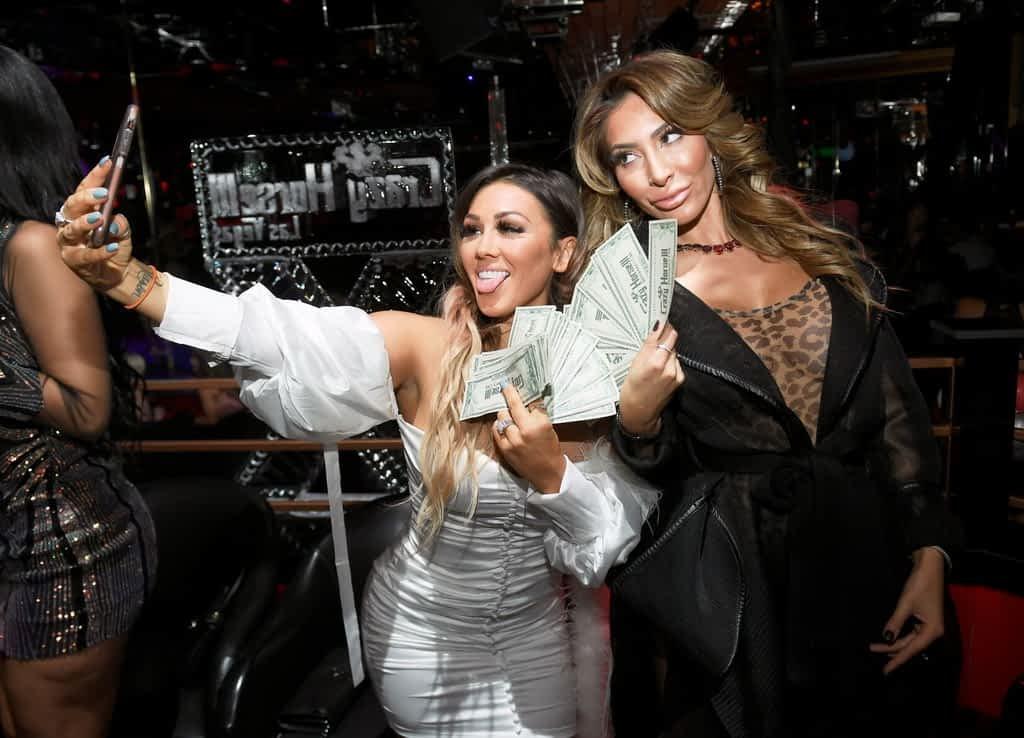 Jen Harley and Farrah Abraham Taking Selfies with Diamond Dollars